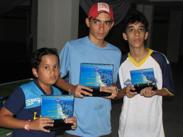 Adrianinho da AABB Caruaru- Ninho da Liga e Matheus da AABB Recife
